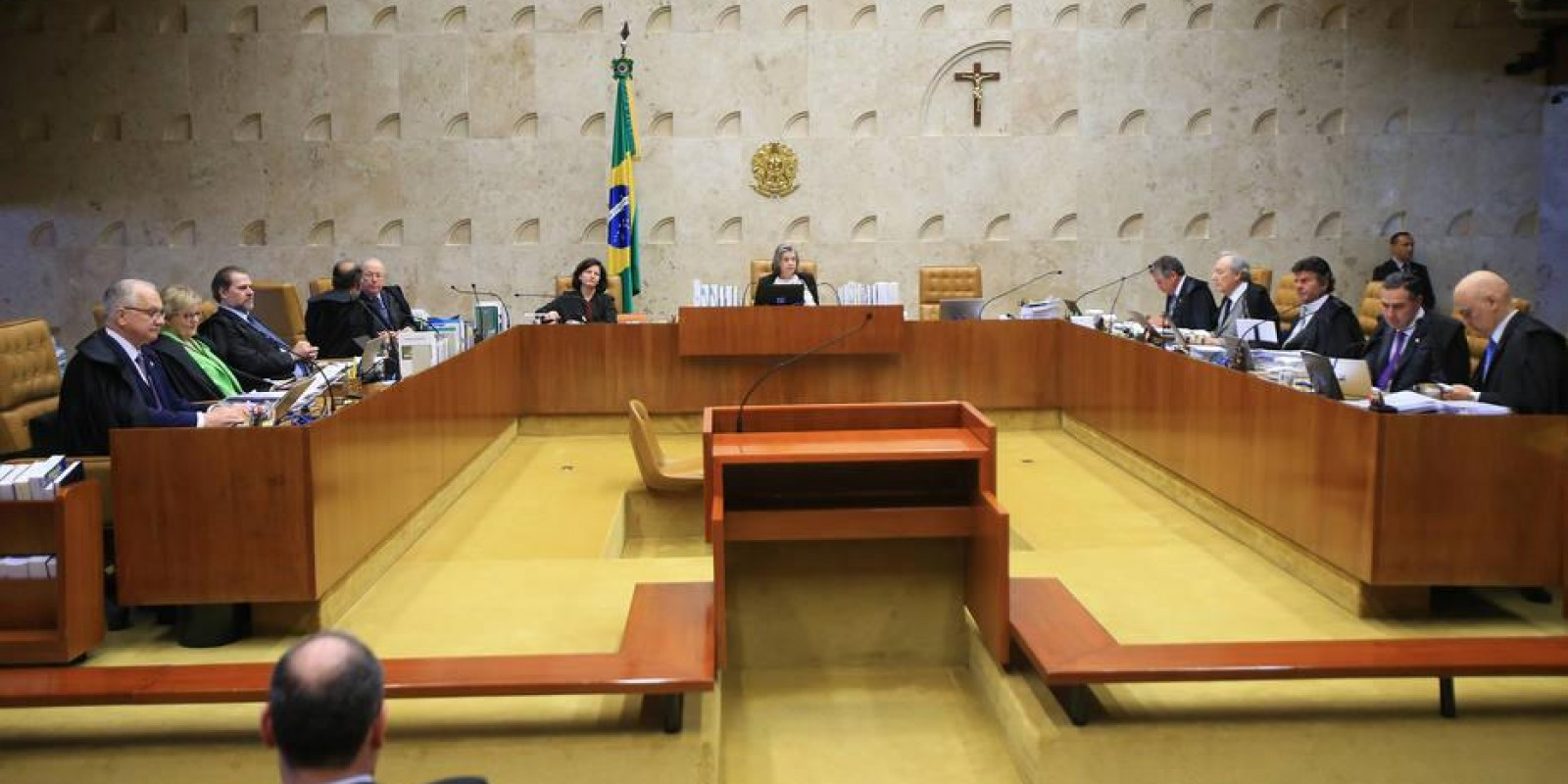 Por 7 a 4, STF aprova terceirização irrestrita